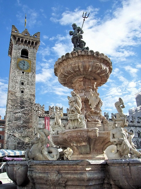 Photo:  Fontana del Nettuno in Trento